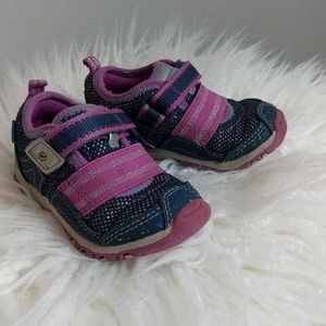 Stride Rite 4.5 infant sneakers